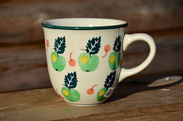 Curved Mug 1022