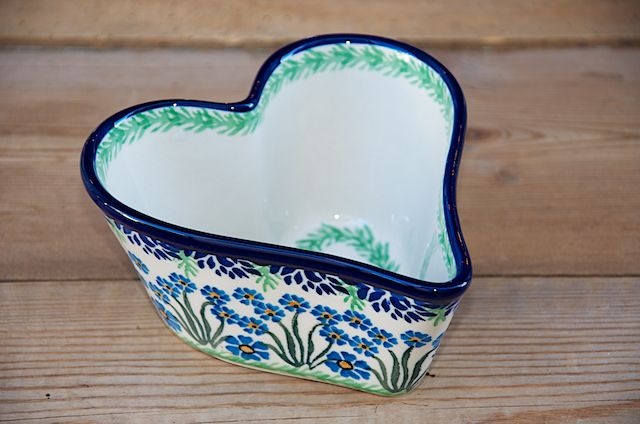 Deep Sided Heart Shaped Bowl 773