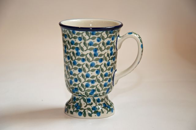 Blue Berry Leaf Chocolate Mug