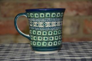 Curved Mug 59