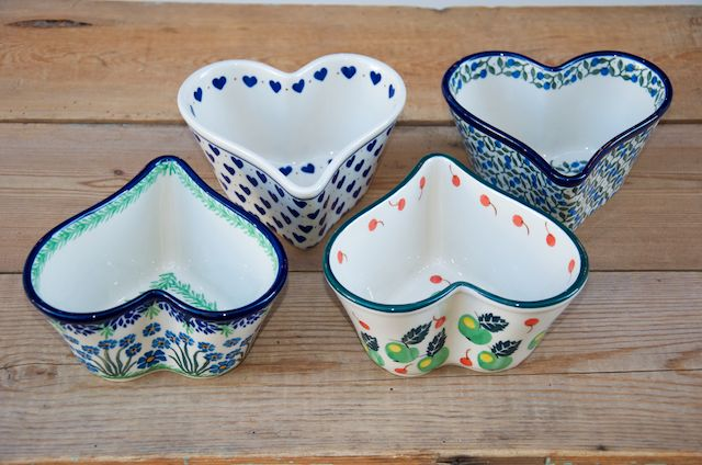 Small Deep Sided Heart Bowls