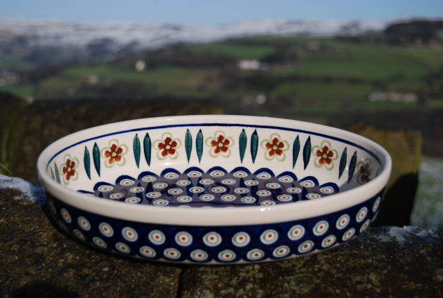 Medium Oval Dish 810