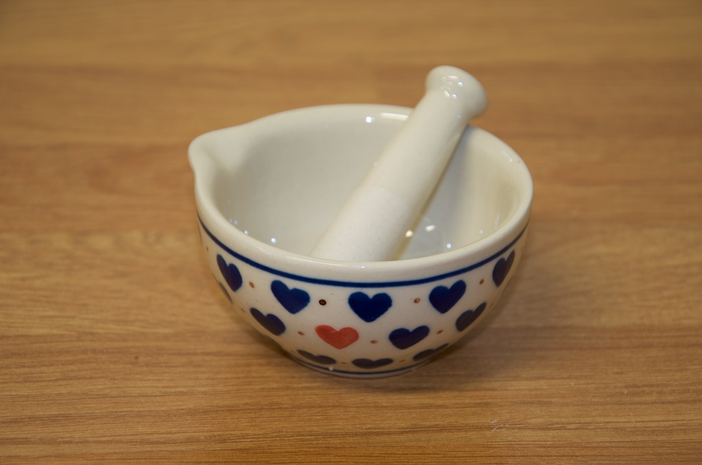 Small Hearts Pattern Pestle and Mortar