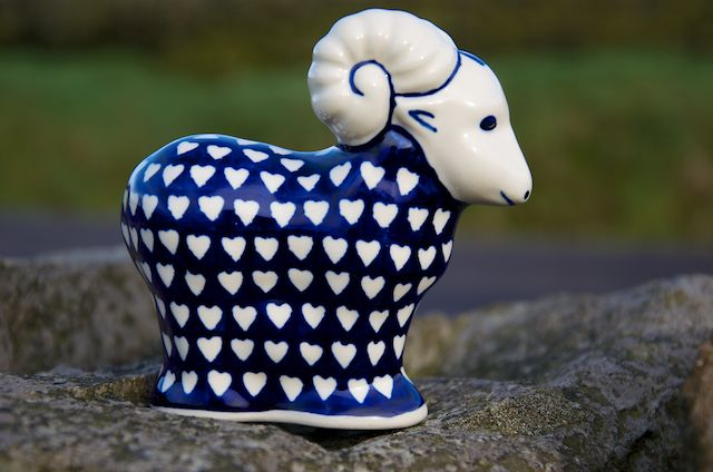 Sheep Ornament 1077