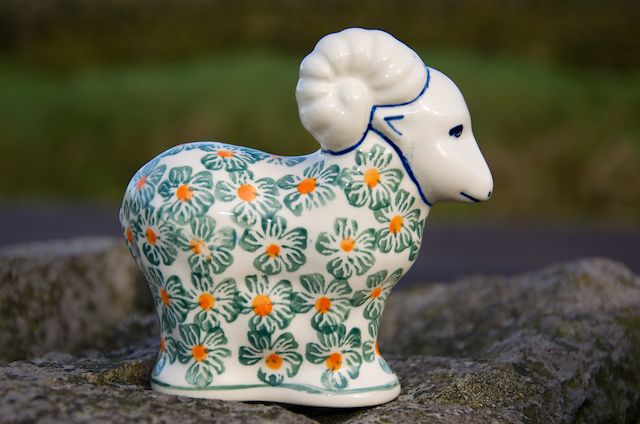 Sheep Ornament 921