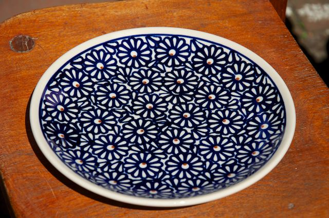 Side plate 62