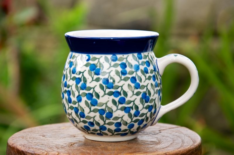 Polish Pottery Blue Berry Leaf Round Mug