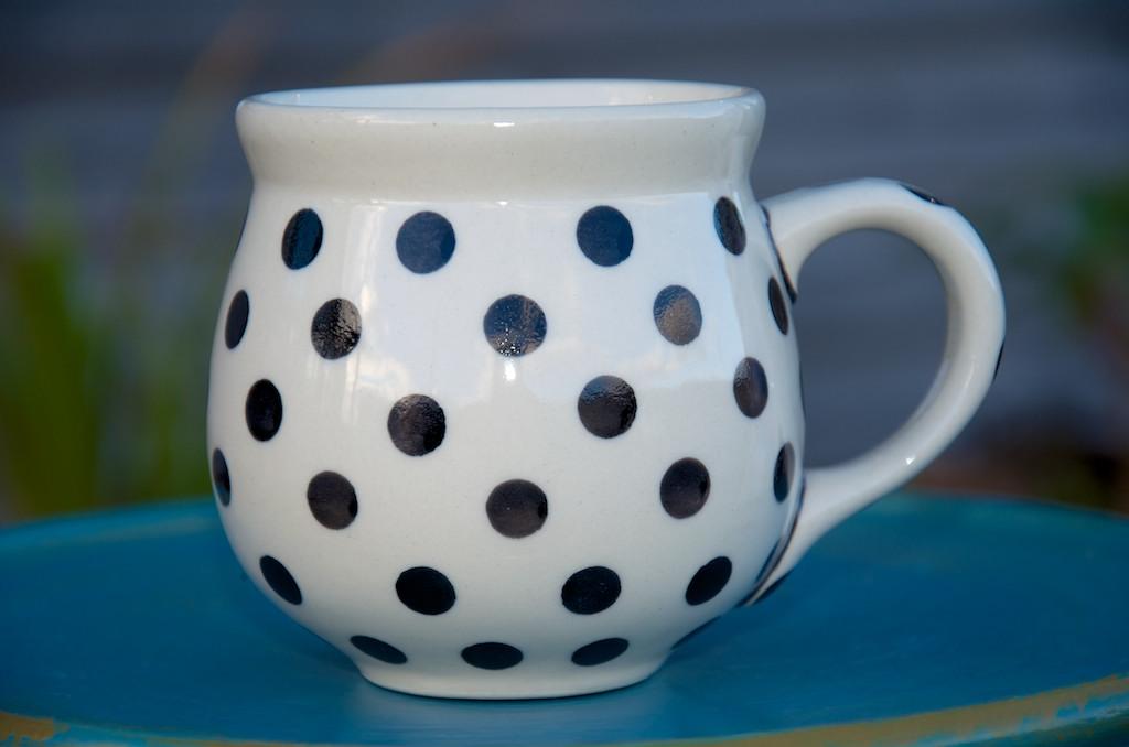Polish Pottery Black Spot Round Mug
