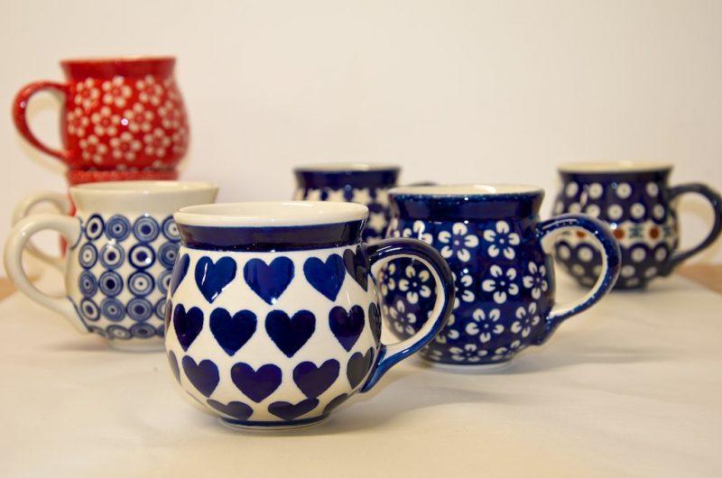 Medium Round Mugs