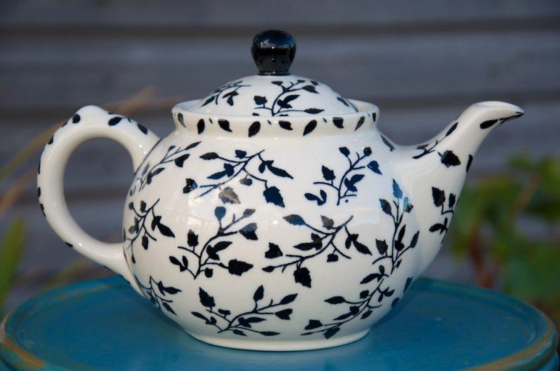 Polish Pottery Black Leaf Teapot