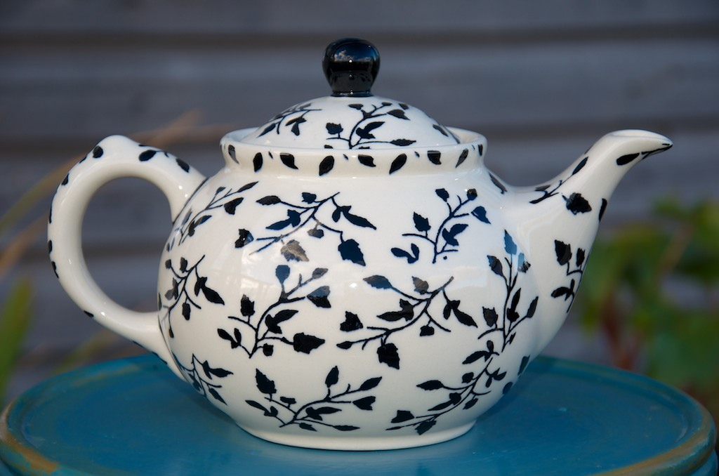 Polish Pottery Black Leaf Teapot