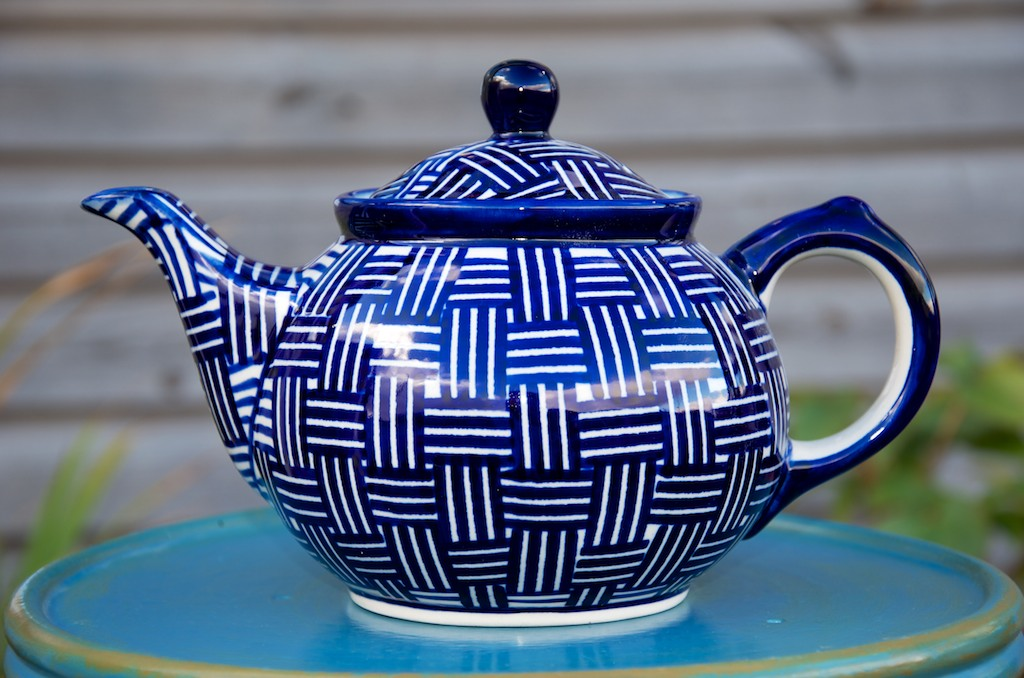 Polish Pottery Weave Pattern Teapot