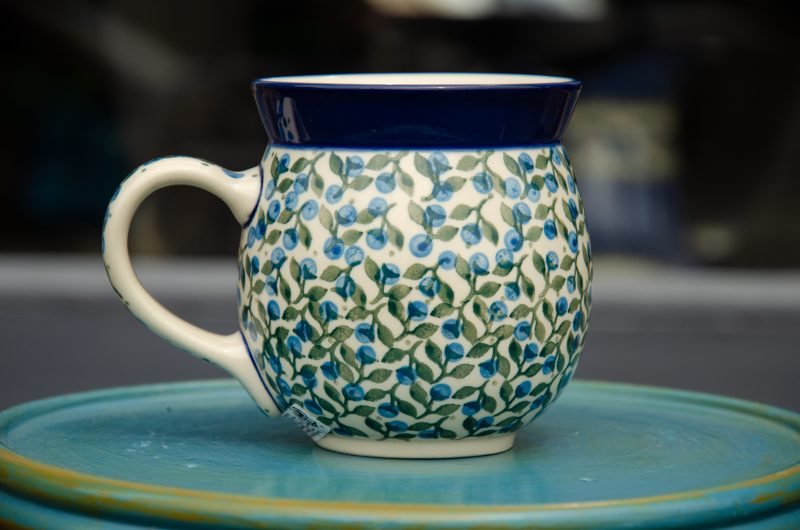 Large Round Mug Blue Berry Leaf