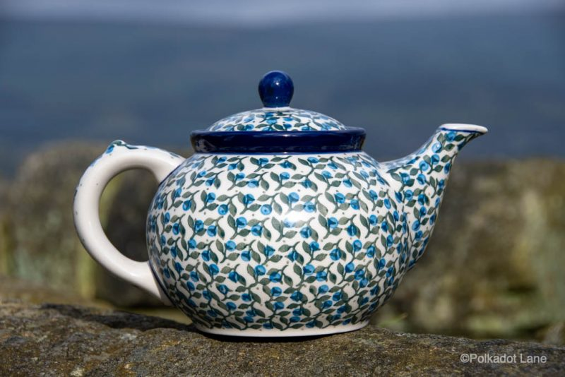 Blue Berry Leaf Teapot for Four by Ceramika Artystyczna Polish Pottery