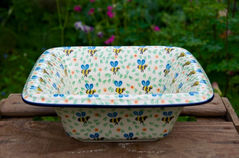 Square Shaped Dish with Rim