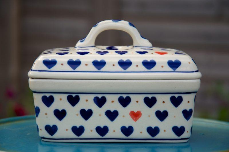 polish pottery small heart butter box