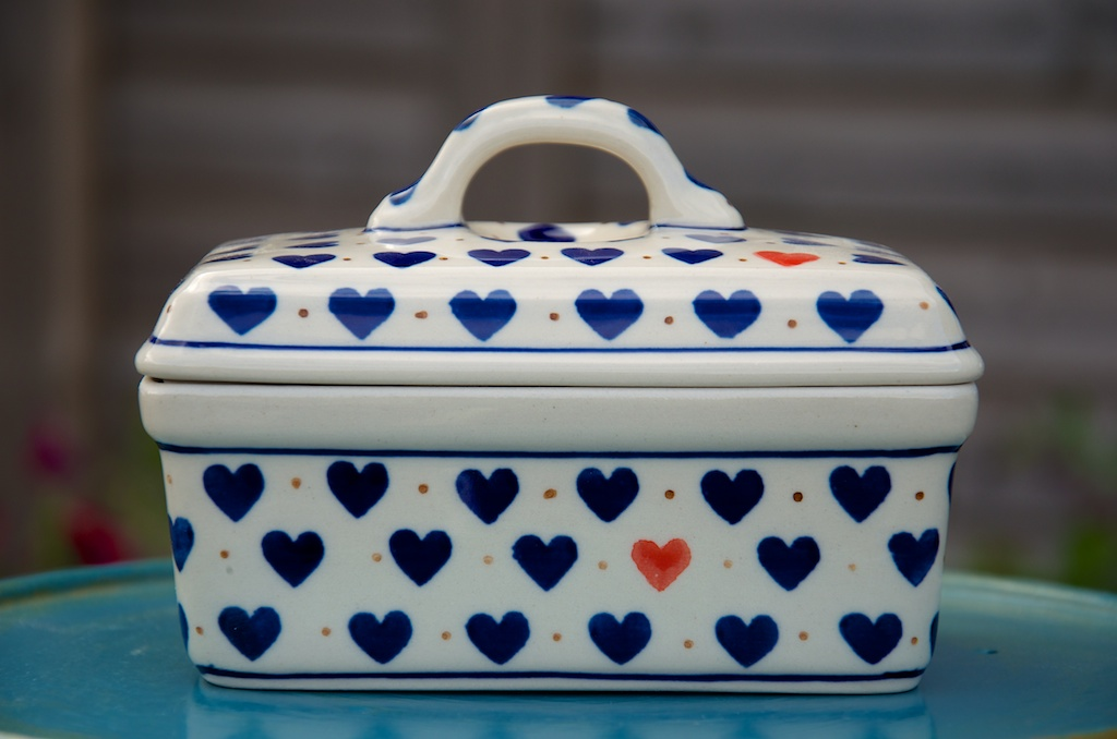 polish pottery small heart butter box