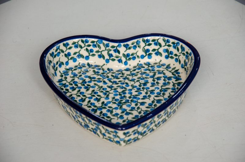 Polish Pottery Blueberry Leaf Shallow Heart Dish