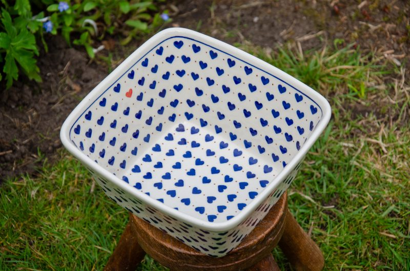 Small Heart Pattern Large Serving Bowl