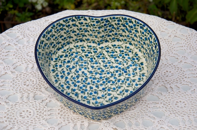 Polish Pottery Blueberry Leaf Large Heart Shaped Dish