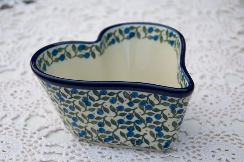 Polish Pottery Blueberry Leaf Small Heart Shaped Dish