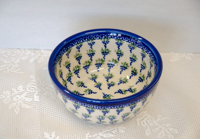 Polish Pottery Andy Bowl Small Grapes design.