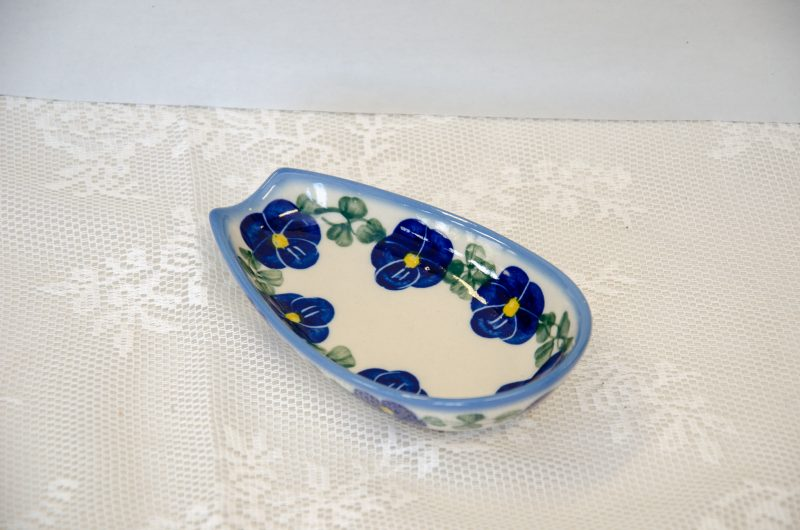 Polish Stoneware Pottery Blue Pansy Spoon Rest by Ceramika Andy.