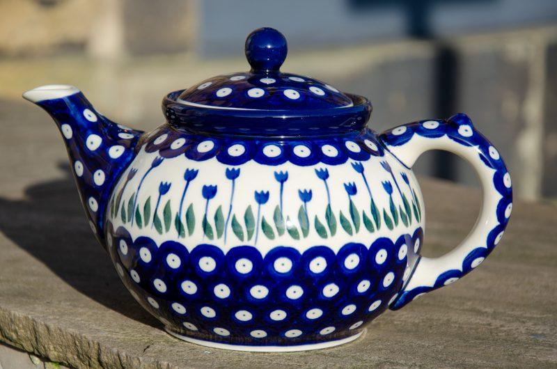Flower Spot Teapot for Four from Polkadot Lane Polish Pottery Stockists.