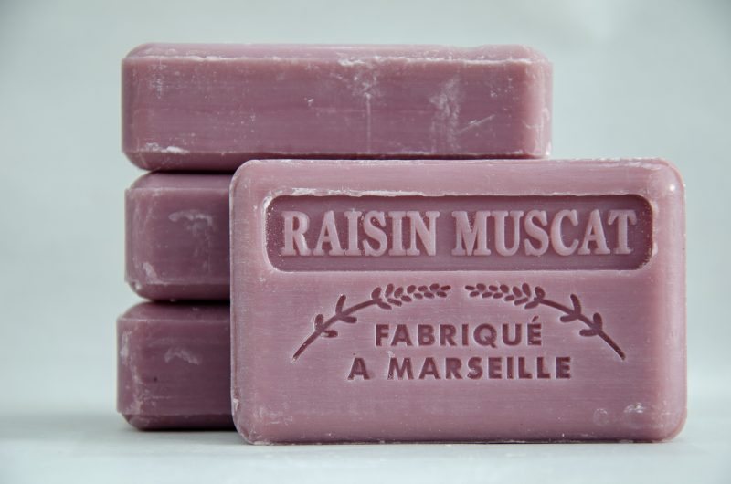 Savon de Marseille French Soap Raisin Muscat from Polkadot Lane UK