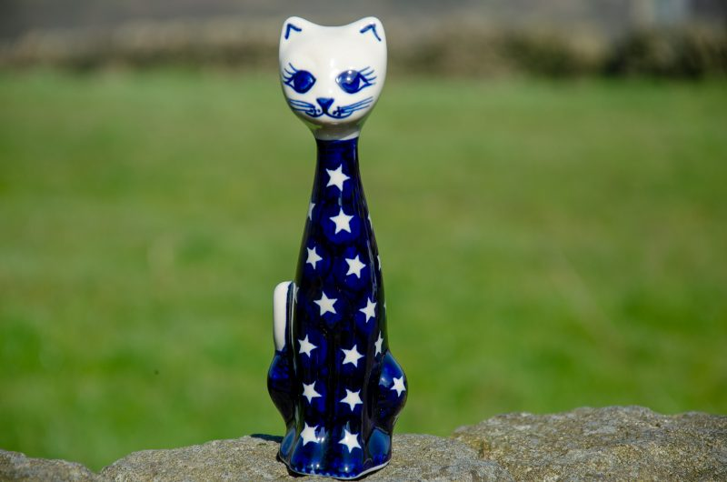 Star Pattern Ceramic Cat by Ceramika Andy