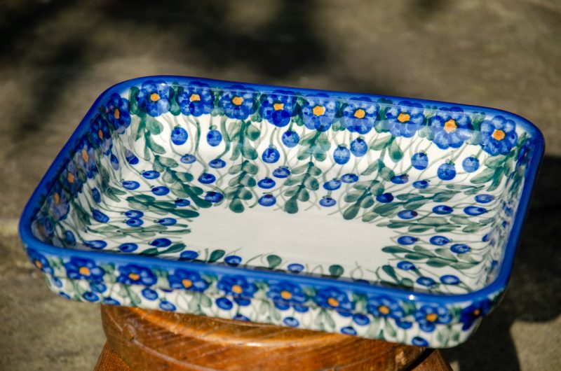 Trellis Pattern Shallow Oven Dish by Ceramika Andy Boleslawiec