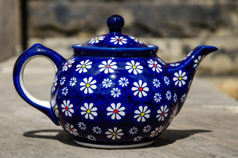 Midnight Daisy Teapot for 2 persons by Ceramika Manufaktura