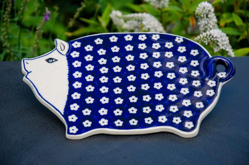Spotty Flower Cutting Board pig Shaped