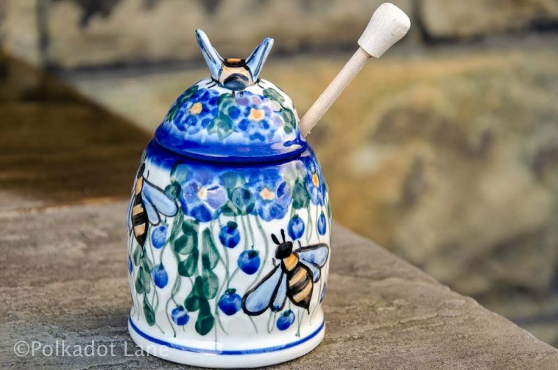 Hanging Berry Honey Pot by Ceramika Andy Boleslawiec Polish Pottery