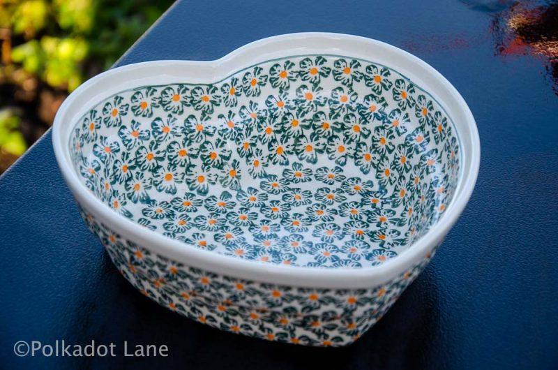 Polish Pottery Green Daisy Heart Dish From Polkadot lane UK