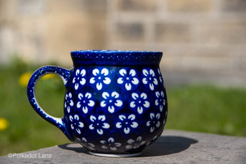 White Flower on Blue Medium mug by Ceramika Manufaktura
