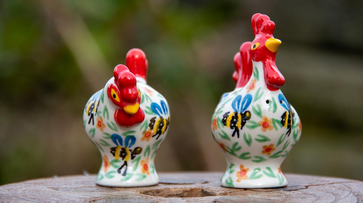 Bee pattern Salt and Pepper Chickens by Ceramika Artystyczna Polish Pottery