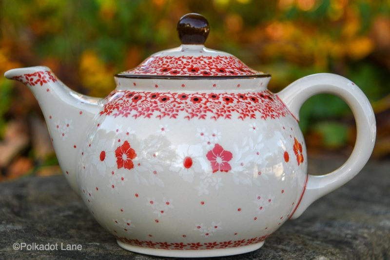 Red and White Flowers Teapot by Ceramika Artystyczna